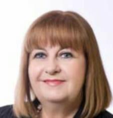 Cr Jennifer Anderson 225x235 - Board & Patrons